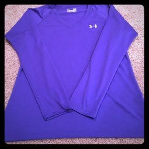 EUC: Under Armour Heat Gear long sleeve top.